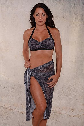 Black pattern long sarong for ladies from Sunkini.