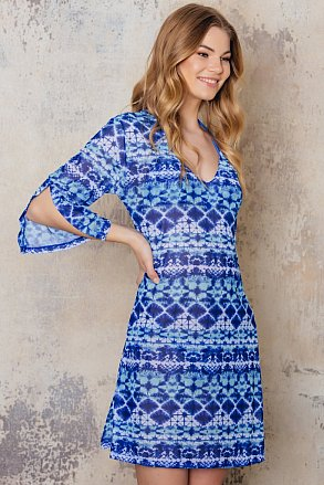 Beach tunic with blue pattern from Sunkini