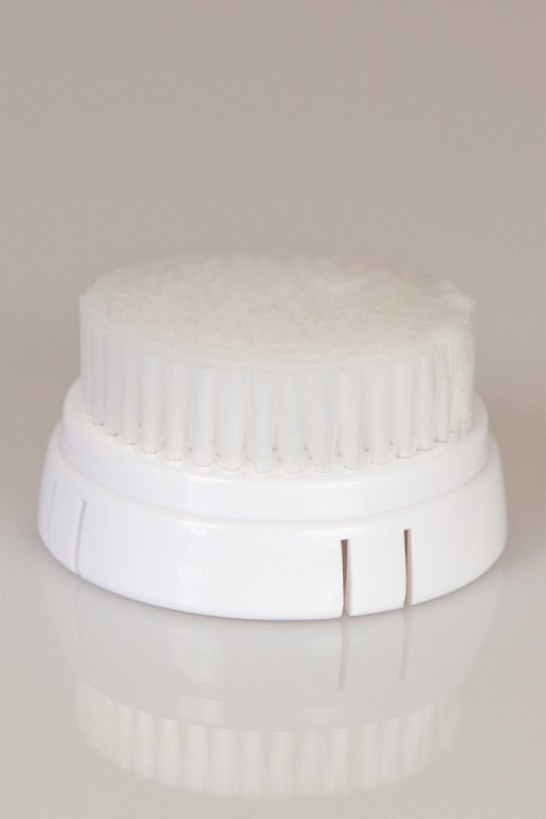 Brush head for sensitive skin