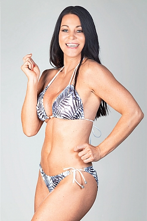 Bikini top in triangular model in black and white pattern for women from Sunkini.com