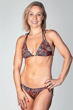 Bikini top in triangular model in red pattern for women from Sunkini.com