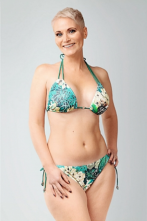 Bikini top in triangular model in tropical pattern for women from Sunkini.com
