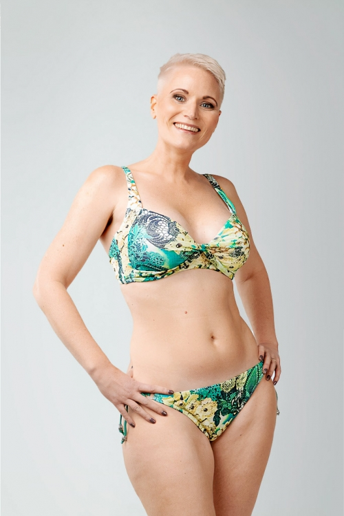 Bikini top with support and shoulder straps in tropical pattern for women from Sunkini.com